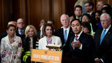 Photo of Proposed law in Congress would benefit millions of immigrants